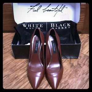 WHBM leather pump